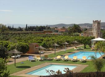 Hoteles con encanto y paradores en tarragona buscaprof for Hoteles con piscina en tarragona